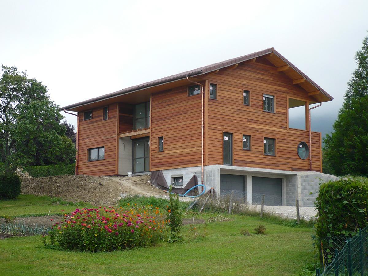 Constructeur maison bois haute savoie annemasse pays de for Constructeur maison en bois 29
